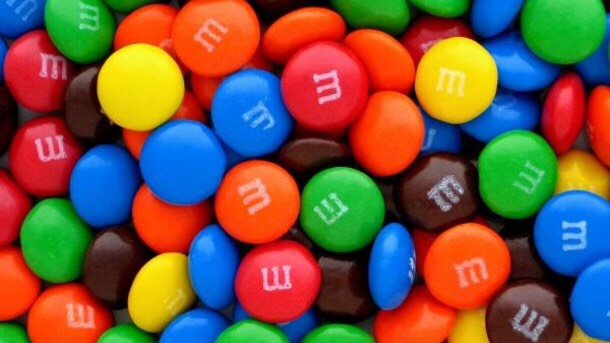 1 1/2 cups of m&m's or any other candy you want
