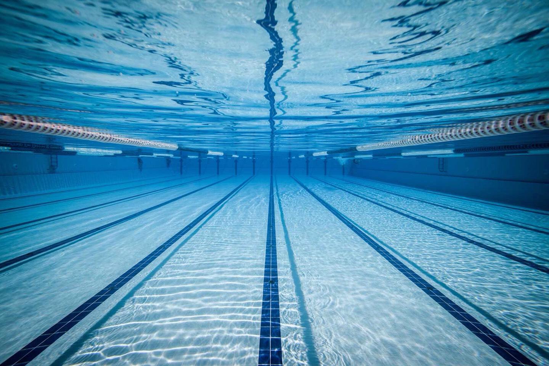 #10 Swimming