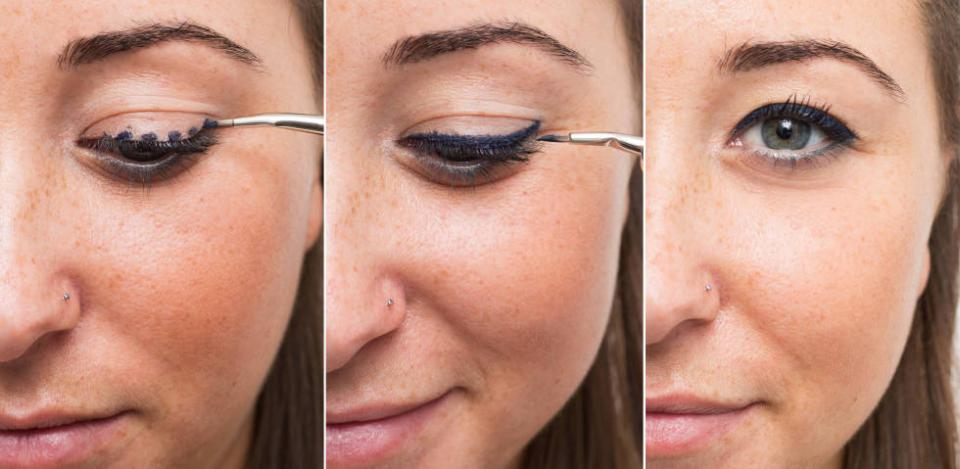 10. Simplify drawing a straight line by lining your eyes with dots first, and then connecting them. Make sure your dots aren't too big. They should be the same size that you'd like the width of your line to be.