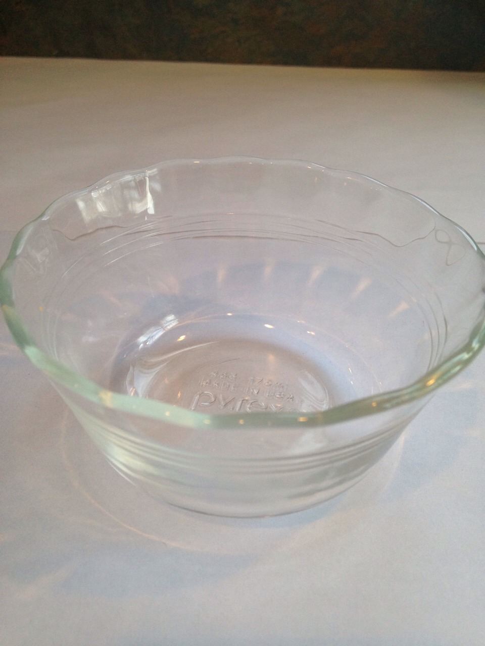 Take a small glass bowl