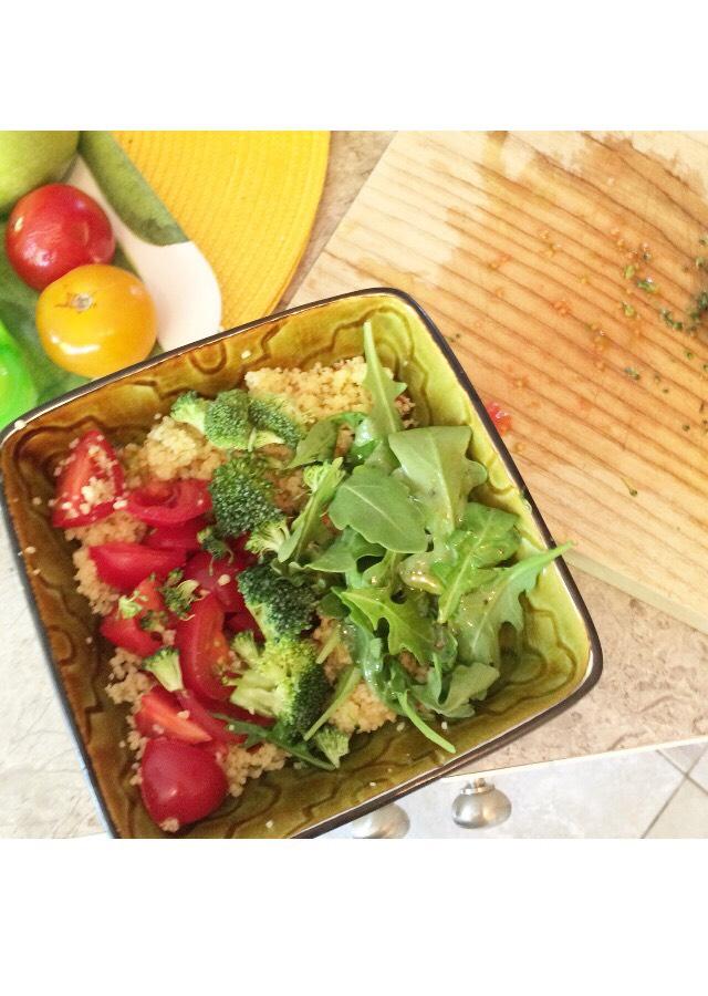 Vegan nutritive couscous salad