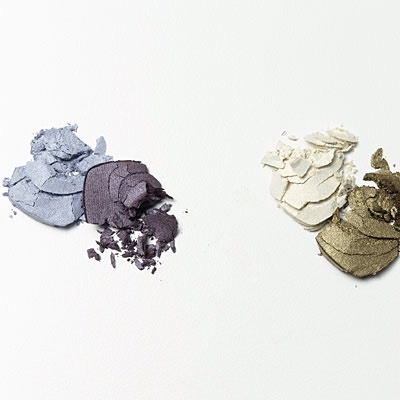 Make over your makeup If you're not already hooked on mineral makeup, now's the time to get in on this healthy trend. The latest mineral finds boast good-for-your-skin ingredients like soybean extract and seaweed, in addition to being free of preservatives, synthetics, and artificial oils.