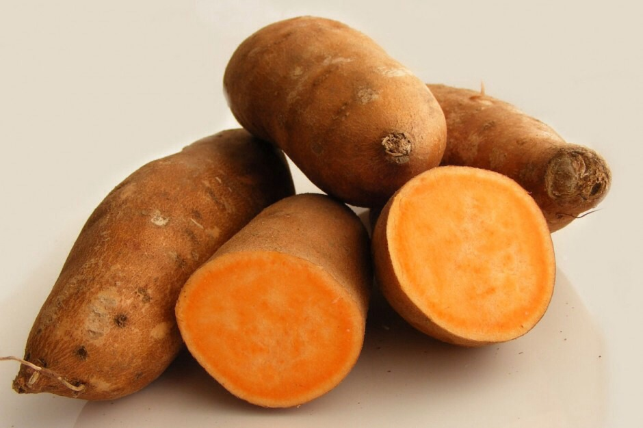 Beauty Foods Tip---Sweet potatoes contain lots of vitamin A, which is a remarkable anti-aging and anti-wrinkling vitamin.