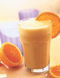 Immune Boosting Vitamin C Smoothie:  -2 oranges  -1/2 cantaloupe  -1 cup strawberries  -1 tomato Blend over ice