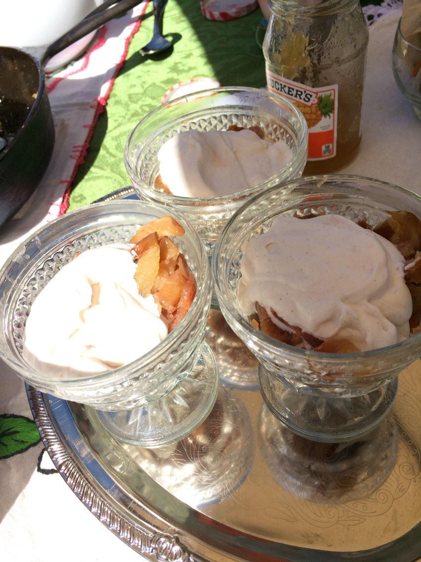 #5Because warm peach cobbler and cinnamon chantilly <3