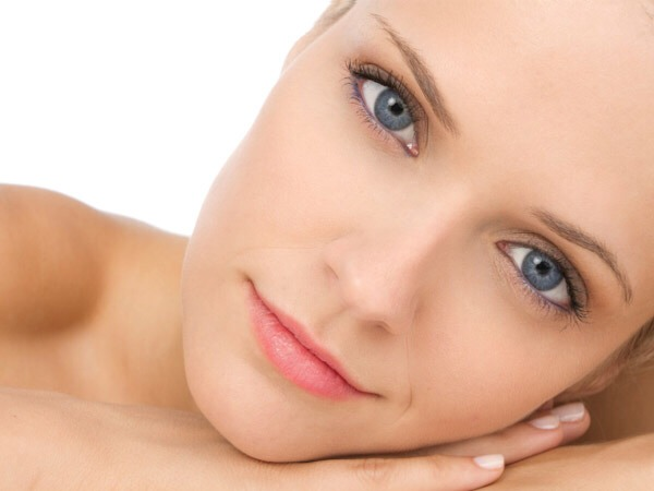 By following these simple steps and instructions it will be easy to achieve beautiful clear skin naturally.