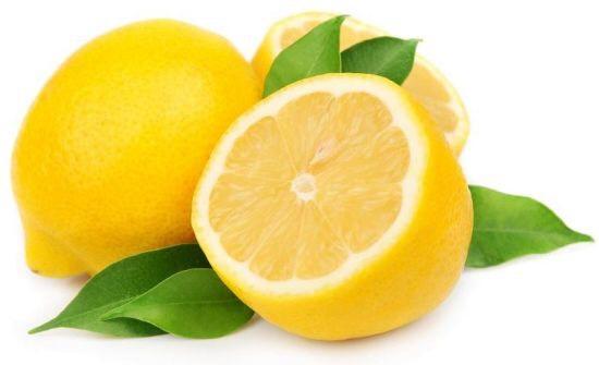 A table spoon of lemon