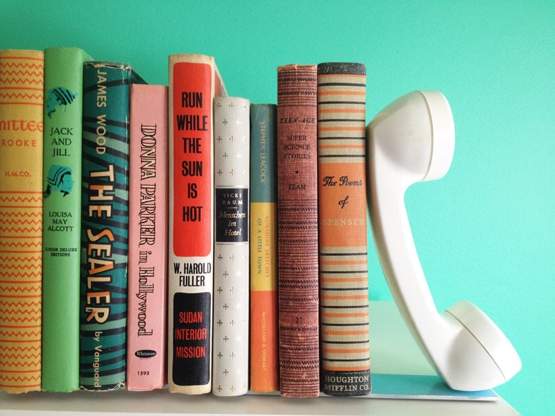 These adorable vintage bookends are easy to make and simple to customize!!
