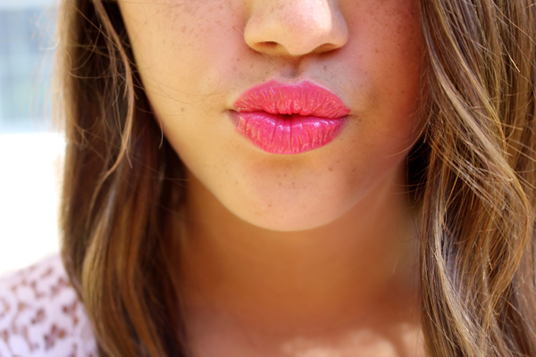 6. Lip stain Ditch the dark, matte lipsticks and go with a stain. Lip stains add color without smearing. Add a bit of lip balm to help moisturize as well as add a dewy look.