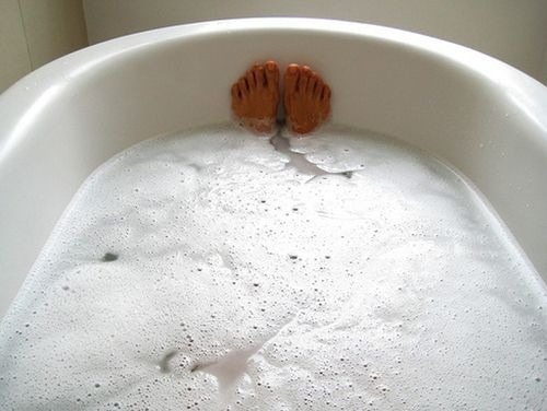 Once a week for 20 minutes, give yourself a nice relaxing bath with Epsom salt! Take a handful of the Epsom salt, a half cup of baking soda and 7-10 drops of lavender essential oil. Draws out toxins and lowers  stress related hormones!