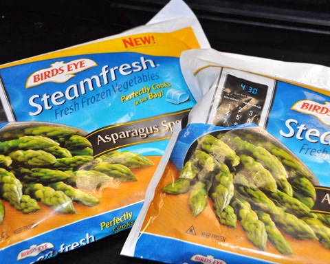steps in this recipe… to make it even more time-saving.  I popped a couple of the steamable bags of Asparagus spears from Birds Eye's Steamfresh line in the microwave. (LOVE Steamfresh BTW…)