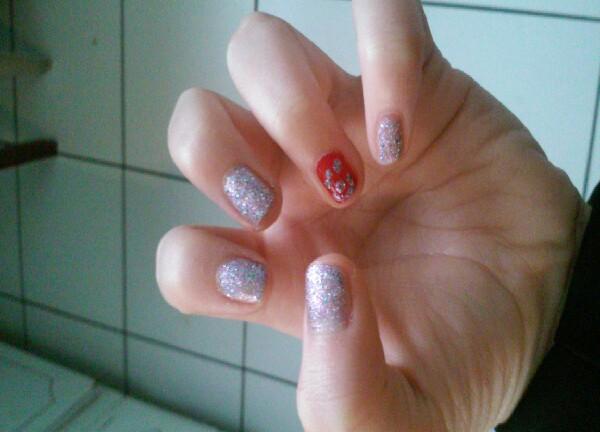 i did a China glaze Glitter nail polish and a Cherry red nail polish💅