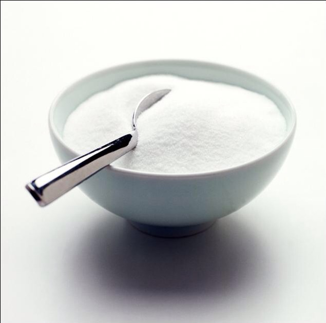 First, measure one tablespoon of sugar to a small mixing bowl (I would recommend caster sugar as it has bigger chunks)