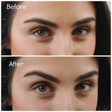 4. White Eyeliner on Inner Rims of eyes This tip is all about brightening up your eyes and really making them pop! White eyeliner right around the inner rims of your eyes can actually make them appear super large and doll-like. It also make them appear super wide awake.