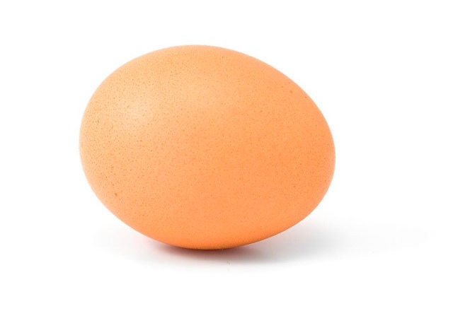 1 egg. This serves as a protein treatment within the deep conditioner. It thickens strands and strengthens follicles to eliminate breakage and reduce split ends while also conditioning and adding shine and smoothness so hair is easier to comb.