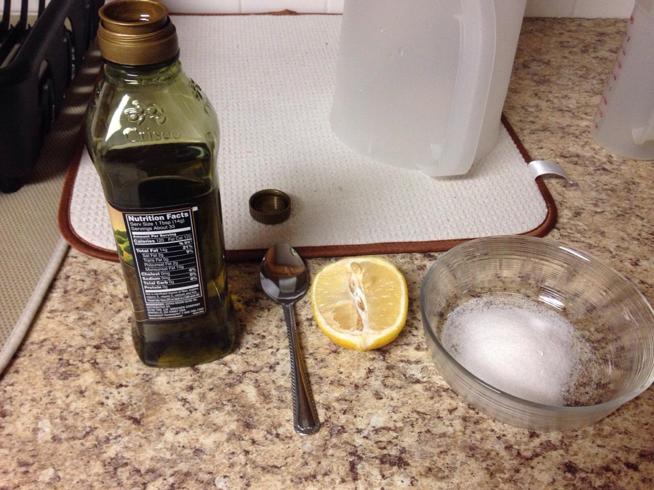 Ingredients-  Sugar Olive oil Lemon(optional)