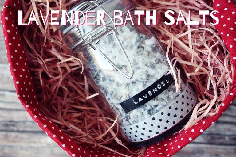 Another Lavender Bath Salts! Lavender is VERY popular. Find this one HERE |https://maedchenmitherz.de/2013/03/24/diy-lavender-bath-salt/