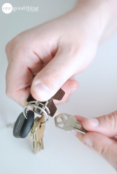2. Easy Open  A staple remover is the quickest and easiest way of opening a fussy key ring without hurting your fingers or damaging your nails.  via One Good Thing By Jillee