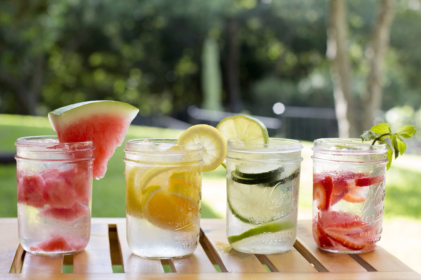1. Flavor your water. Drinking eight glasses of water in a day is a task for anyone, especially those who can't stand the lack of flavor. Add slices of lemon, orange, or cucumber to glass bottles of water, and make tags with pictures of each fruit to tie onto the bottles.