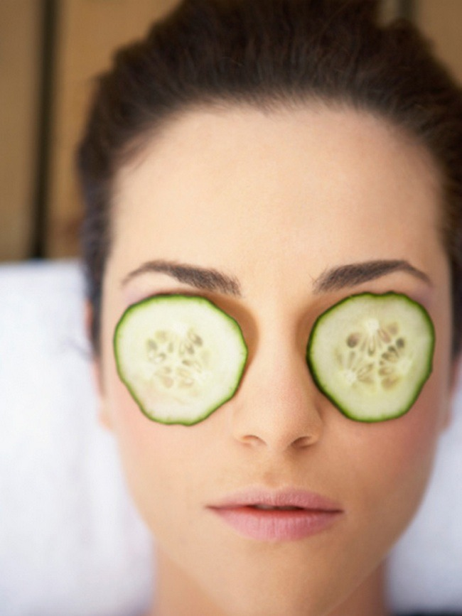 Eye Care Tip---You can use cool cucumber slices to reduce eye puffiness and dark circles.