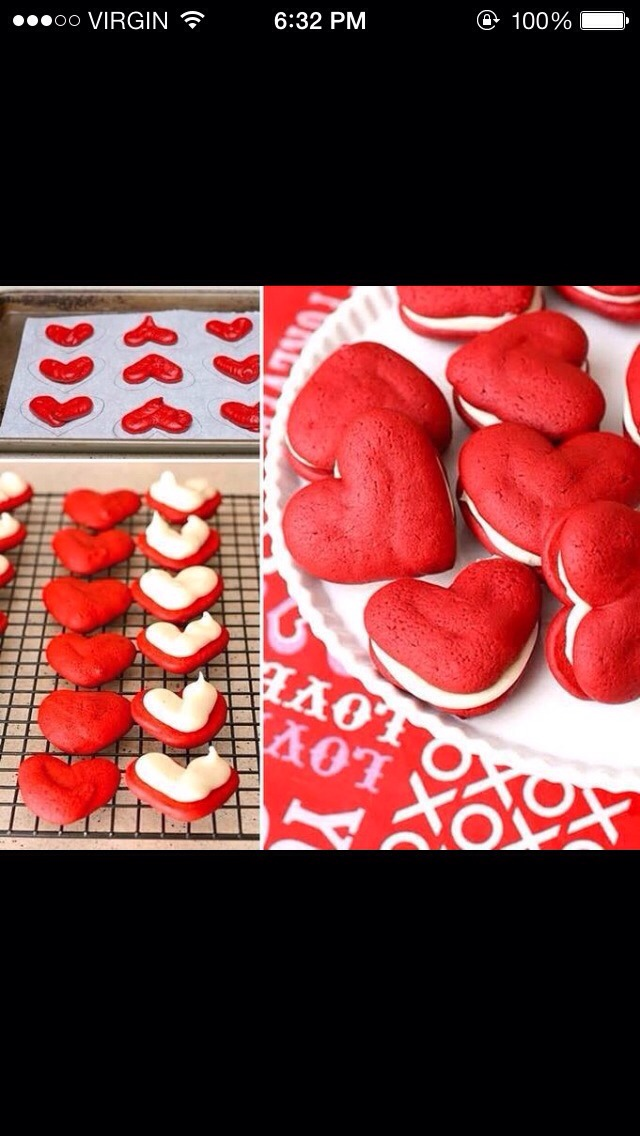 http://diycozyhome.com/red-velvet-sandwich-cookies/