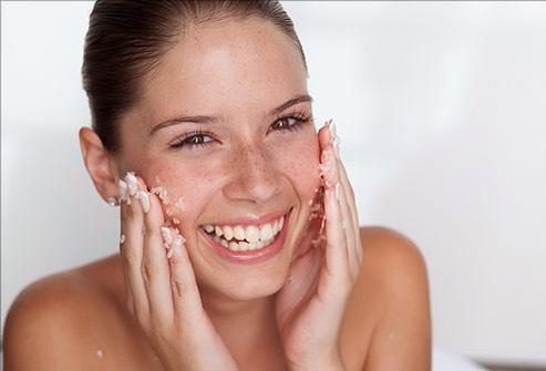 Simple Supermodel Night Skincare Routine!