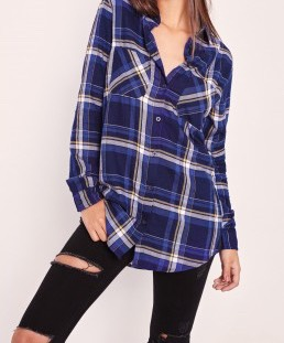 One easy way to re wear any crop top, vest or just plain tee is by pairing it with a checkered shirt.