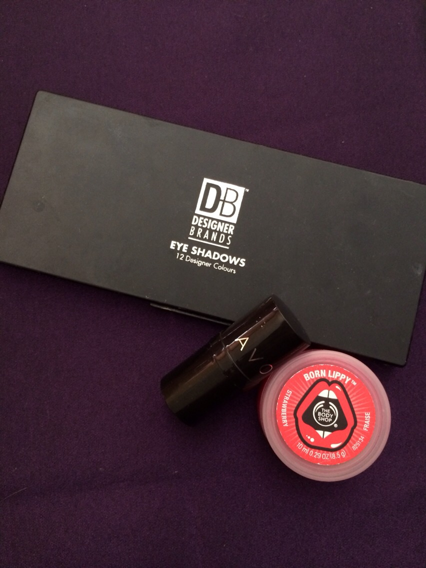 All you will need for this is a lipstick of your choice, an eyeshadow pallet with colours lighter and darker than your lipstick and a lipgloss (optional) for extra sheen lips!