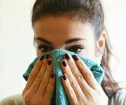 Apply two hot, damp washcloths for five minutes to help the area retain its heat longer and soften the pores and blackheads.