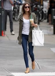 Jeans and a white tee! It's a simple and hit look for any girl. This look says you can be sexy without trying. And you can fit it ink any weather!