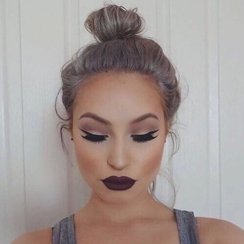 💄 MAKEUP  this is optional but  makeup is an art and if you're good at it and love it, go for it.  Do a natural makeup look, you can find videos on YouTube like makeup tutorials, they are awesome.