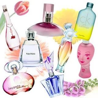 2. Choosing the right fragrance for your personality/character💁🏻 I adore sweet perfumes... Of Course that's because I'm so sweet😂😂😂 Anyways anyways any perfume I ever choose should have at least a glimpse of sweetness! So whatever you like sour, sweet, chic go with it😻😻