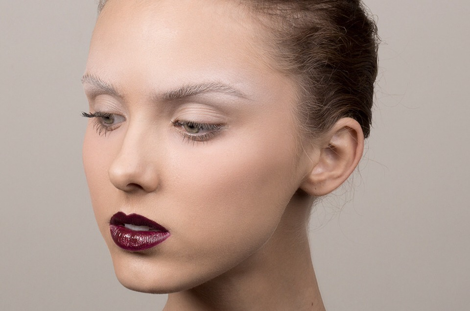 Look #2: With Black Cherry Lips 👉 next page