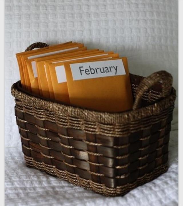 12 preplanned, prepaid date nights. A cute wedding gift or a great anniversary gift!!😃💗