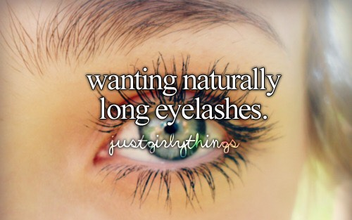 Want longer fuller lashes? Just apply Vaseline before bed every night for a few weeks 👀