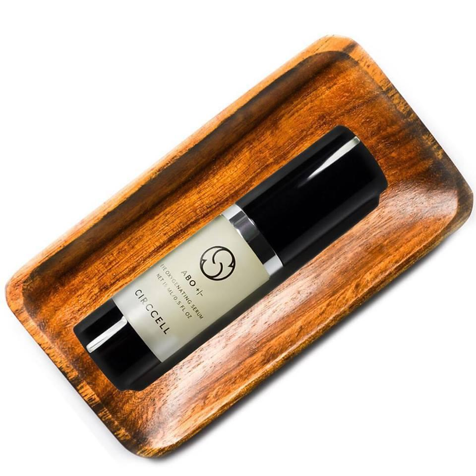 Circcell ABO Eye Serum Got wrinkles in the eye area? They don't stand a chance with Circcell Skincare's ABO Eye Serum. The serum is formulated with an enriched oxygen and algae complex to topically nourish skin and counteract the visible signs of aging for radiant, youthful-looking eyes.