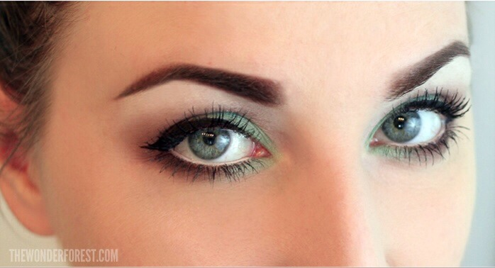 This green eye look compliments any green outfit and works well with green, brown and hazel eyes