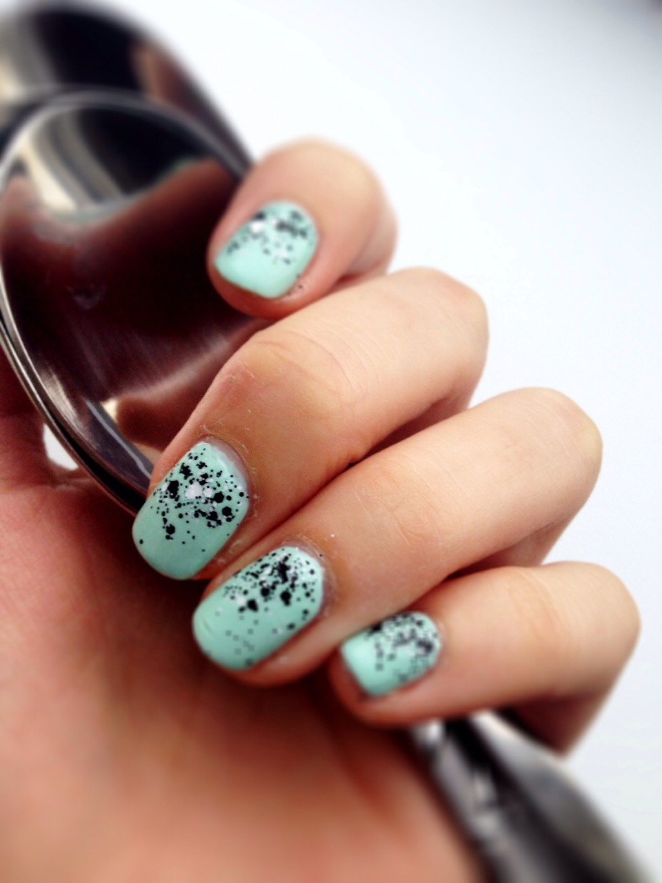 Enjoy your yummy new mint chocolate chip nails!  I came up with this combo on my own so chances are you'll be one of the original ladies to wear it! Please like👍 when saving to show your appreciation.. Thanks guys!