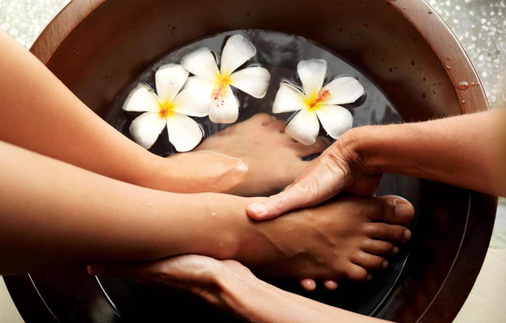 Relax for 15 minutes while soaking feet in a tub.