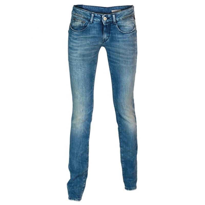 You absolutely need that amazing pair of jeans that look great and feel awesome. It would be an awesome investment.