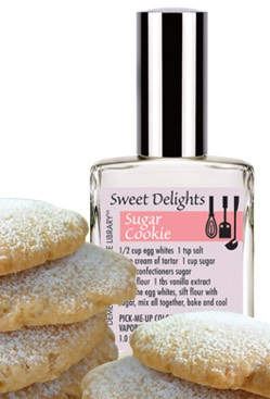 This is the perfume that goes with the winter outfit and it is called SUGAR COOKIE yummy!!and if you have this perfume this is an excellent choice😍