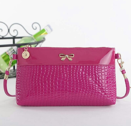 #New Brand Design Messenger Mini Shoulder Bag  $12.99   https://www.tripleclicks.com/17029131/detail?item=537125