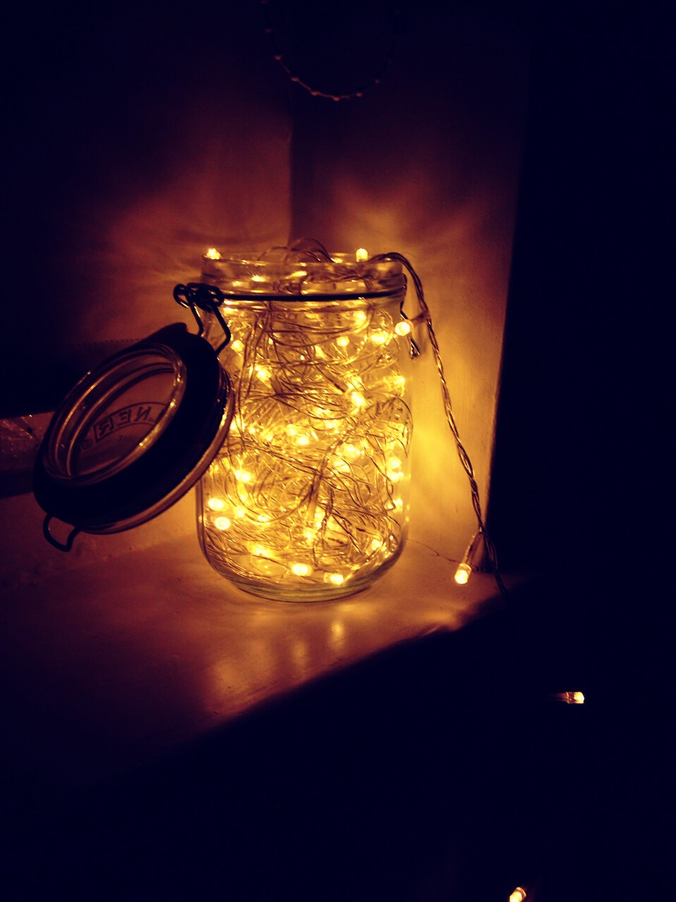 Some fairy lights are always a popular option for adding a delicate touch to a bedroom- hang up on your walls or put in a jar, both look fab!