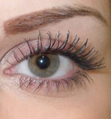 Apple some of the baby oil to the pad, close your eye and begin to rub the pad over your eye in an downwards and out motion, all your mascara should be gone in under a minute! By using baby oil you have an added bonus of your eye lashes being left feeling soft and nourished! :-)
