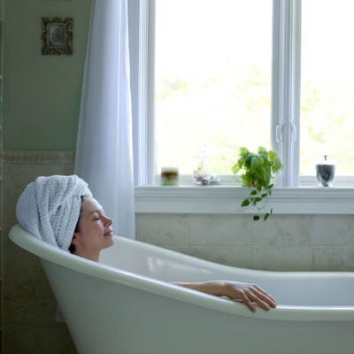 Take an early soak! Like to unwind in the tub before you snooze? Surprisingly, a hot bath might make it harder for you to drift off.