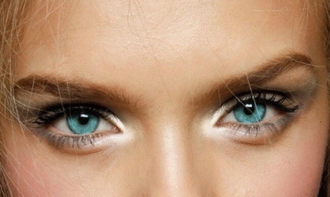 7. Apply a shimmery eyeshadow to the inner corners of your eyes, this will make them appear bigger and brighter!