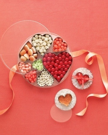 Use them to organize candy in a gift tin.