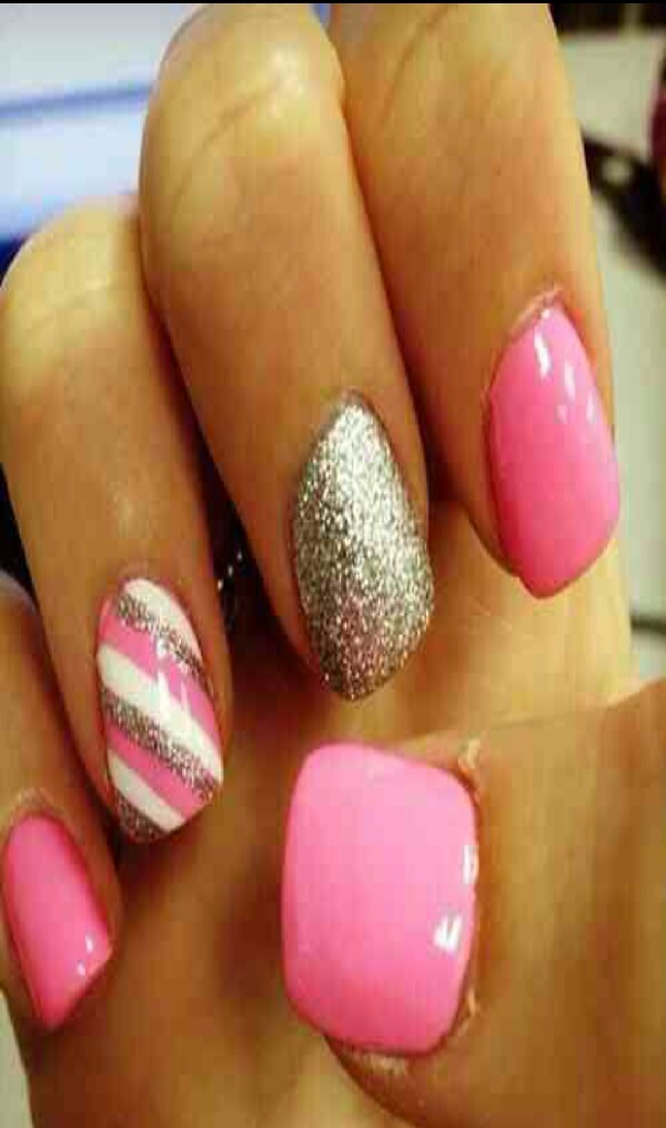 Gold ,Pink & White Nails