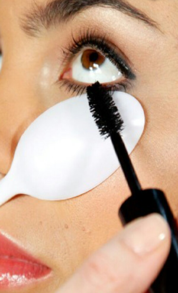 Get a plastic spoon and place under eyelashes and apply mascara to get thicker & longer eyelashes!