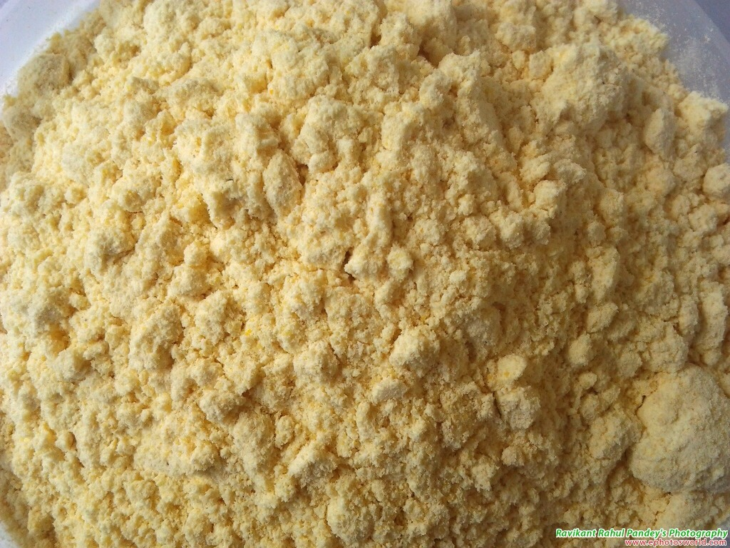 Starting with, Besan/gram flour/chickpea powder (they are all the same). Gram flour removes dead skin cells and penetrates into your pores to clean your skin thoroughly. It's effective yet a very gentle cleanser for your skin. Great to remove acne and lightening skin.